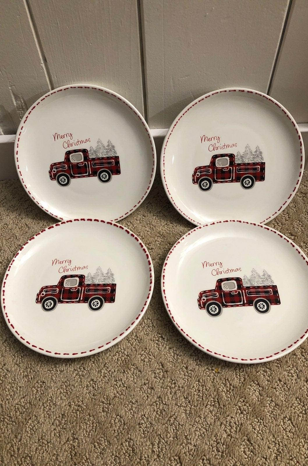 Potter's Studio Holiday Plates Set