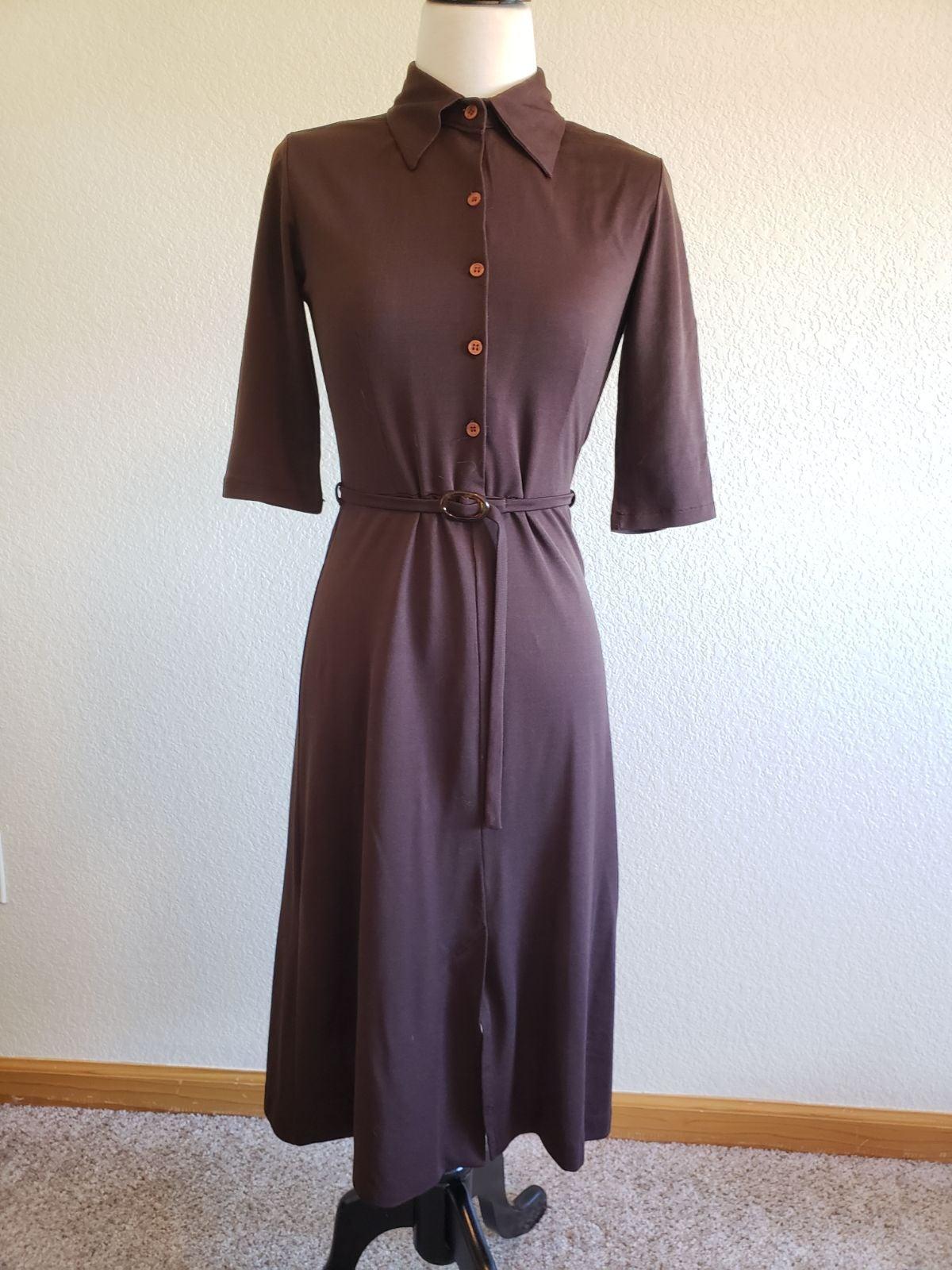 1970s brown button up vintage dress