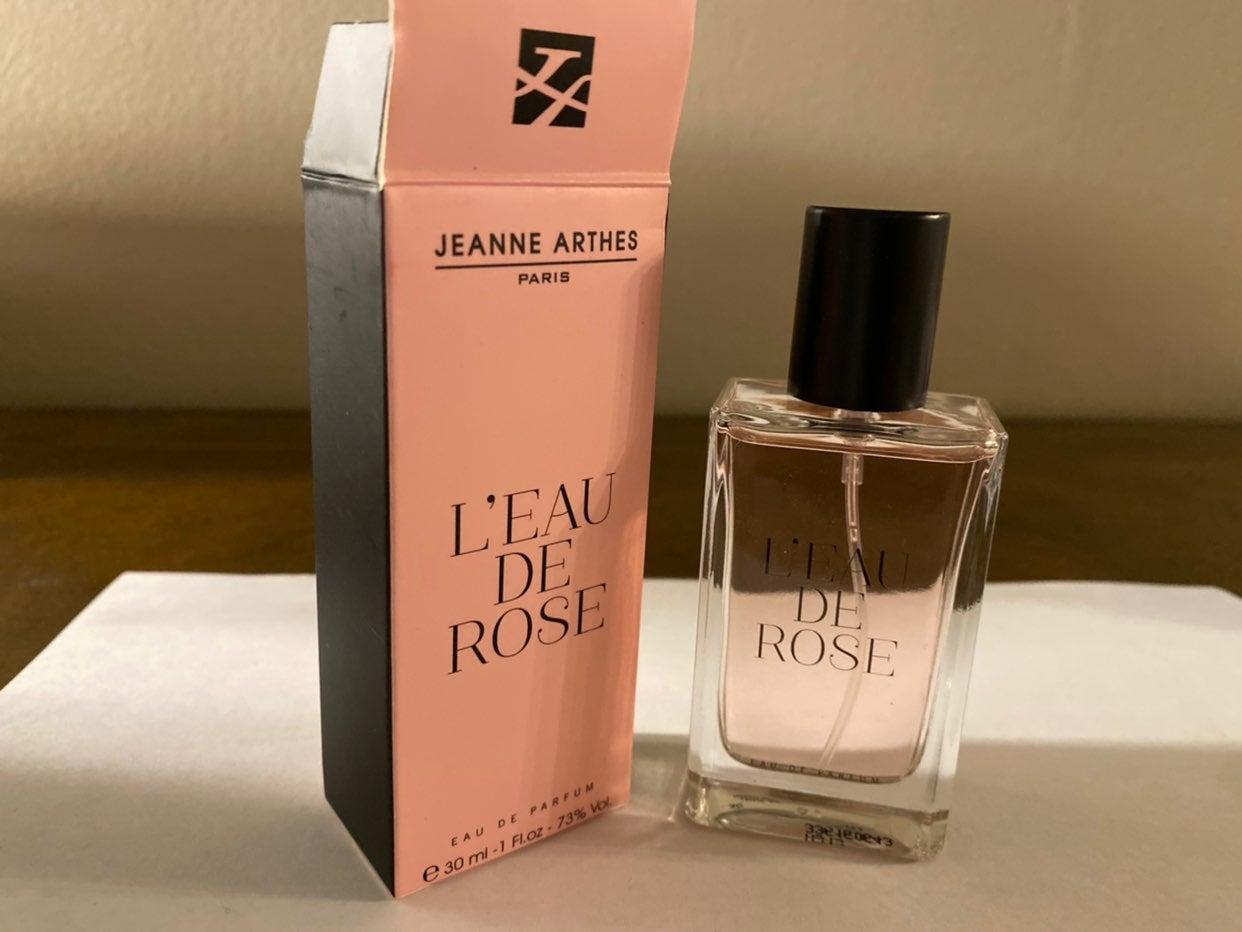 Jeanne Arthes Perfume