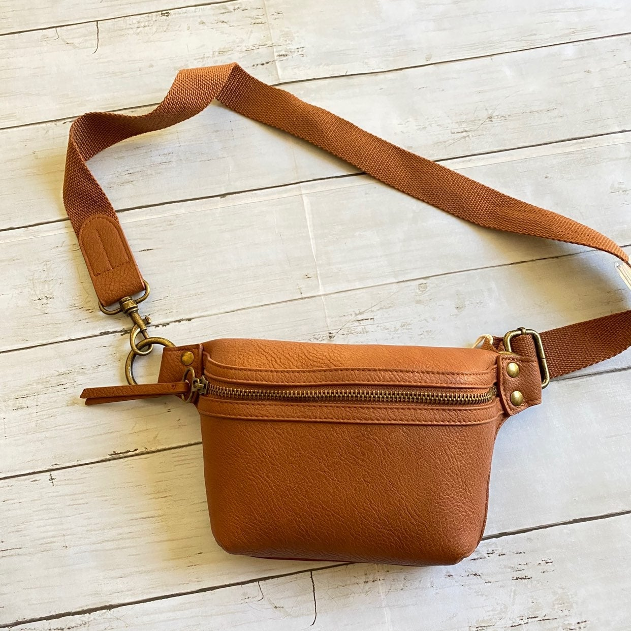 Universal Thread Brown  Fanny pack