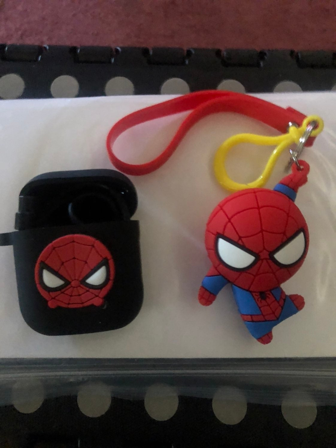 airpod case 1 and 2 spiderman