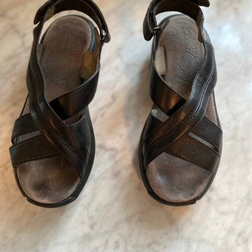 MBT women Sandals size 8