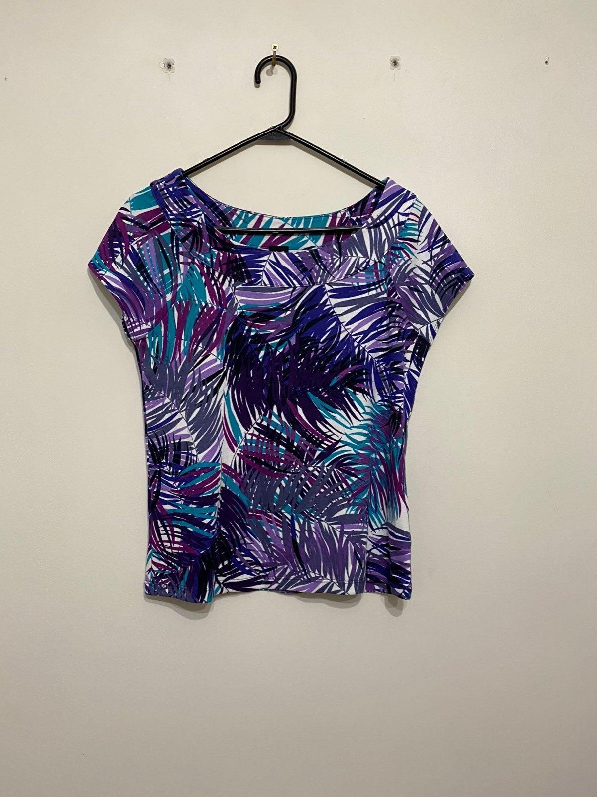 Rafaella t shirt