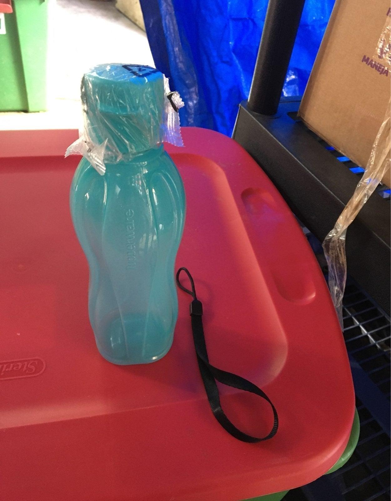 Eco twist water bottle