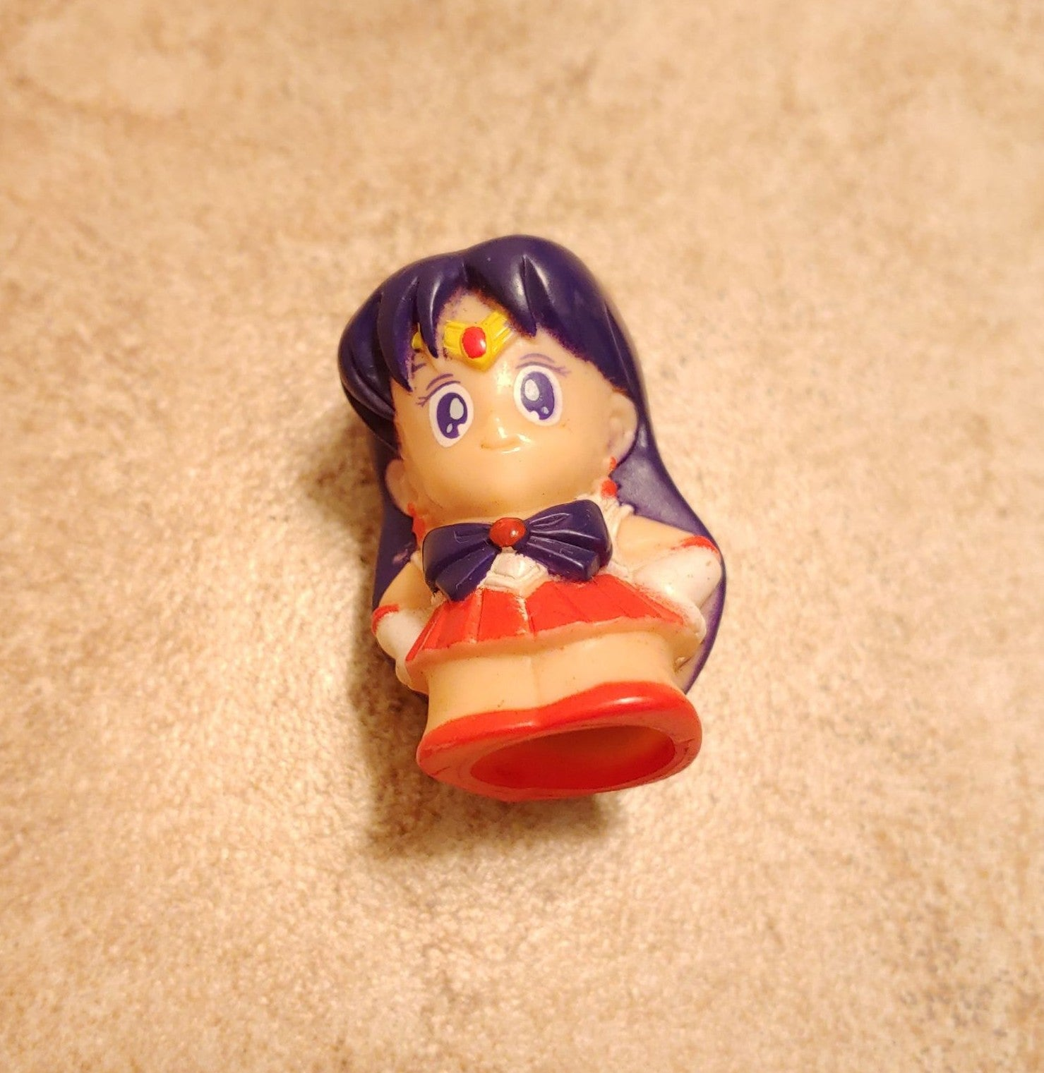 Vintage Sailor Mars Finger Puppet