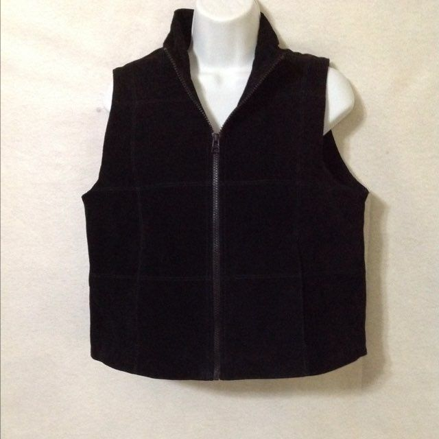 NWT. Womens L. Genuine 100% Leather Vest