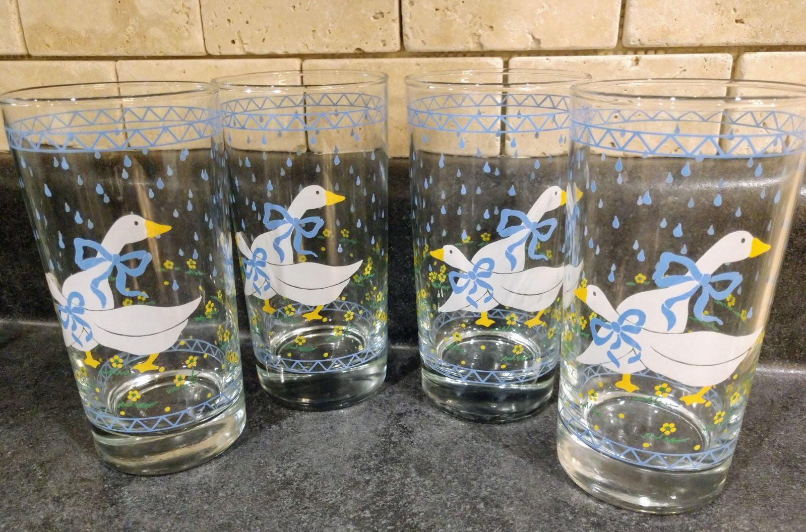 12 Vintage Geese Glasses