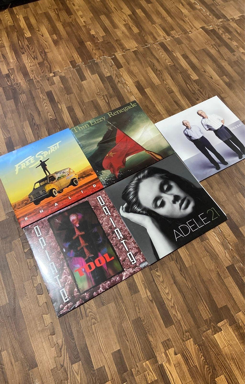 Lot of 5 vinyl