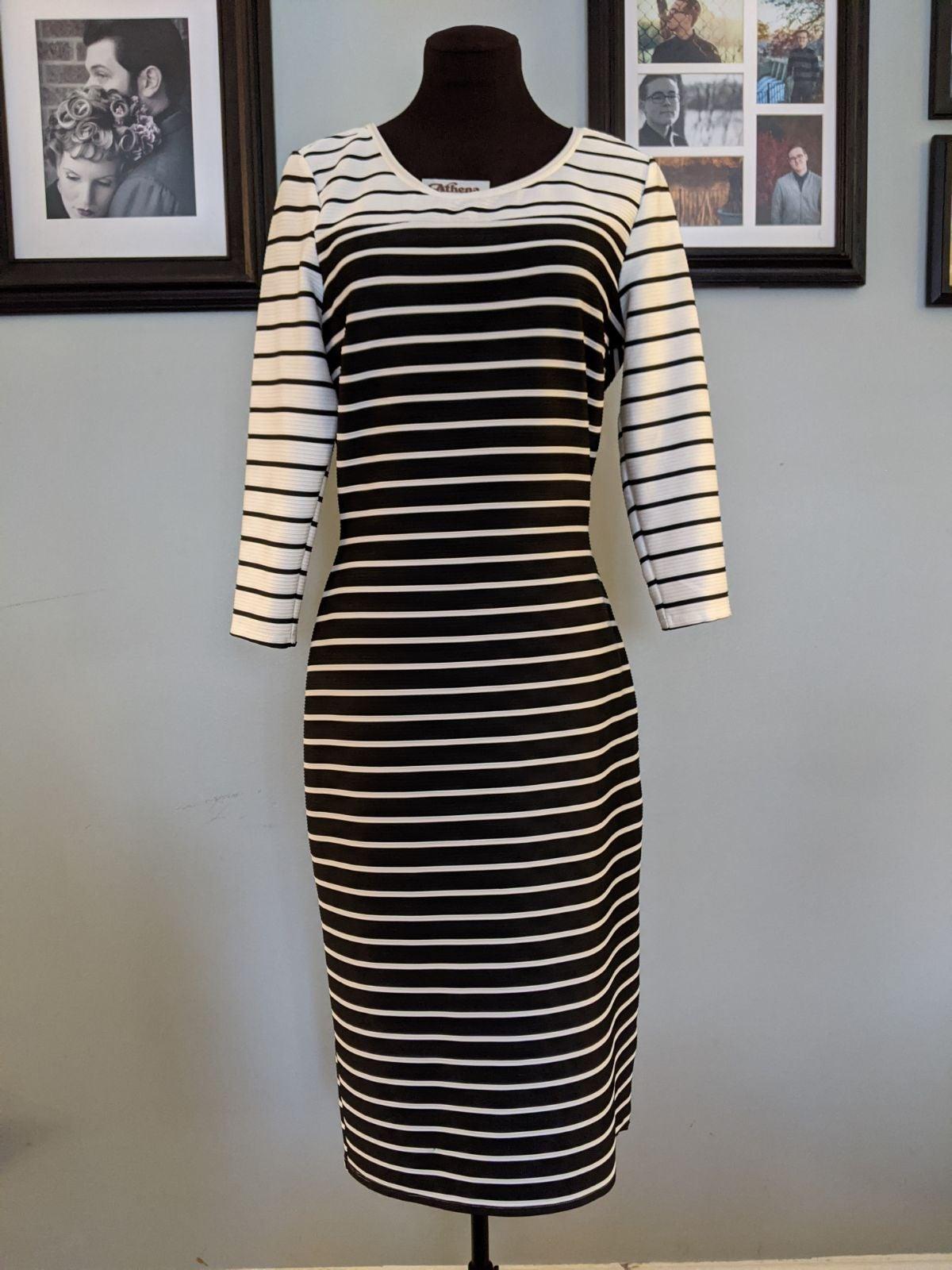 Almost Famous bodycon dress - L