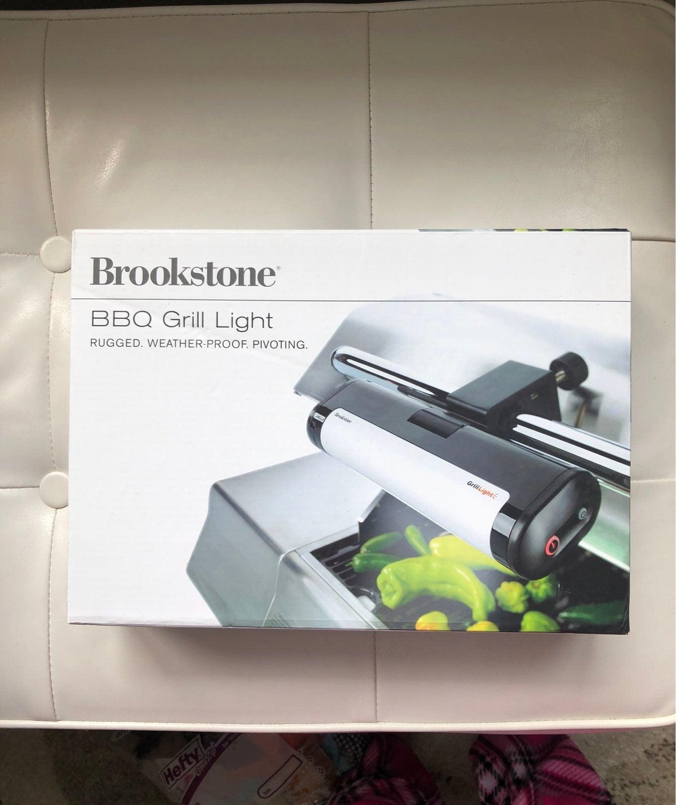 Brookstone BBQ Grill Light, NEW