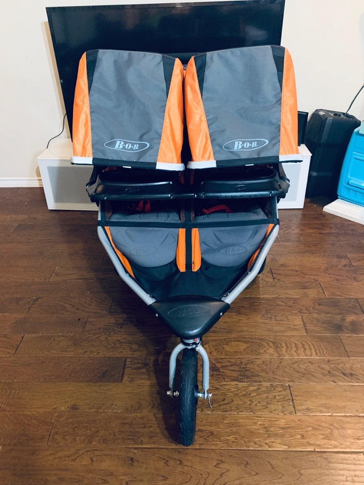 ⭐️ 2014 Bob Revolution Double Stroller