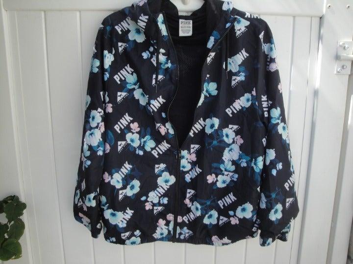 VS PINK Anorak Black floral XS-S