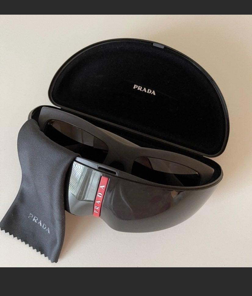 Prada sunglasses 100% authentic!!
