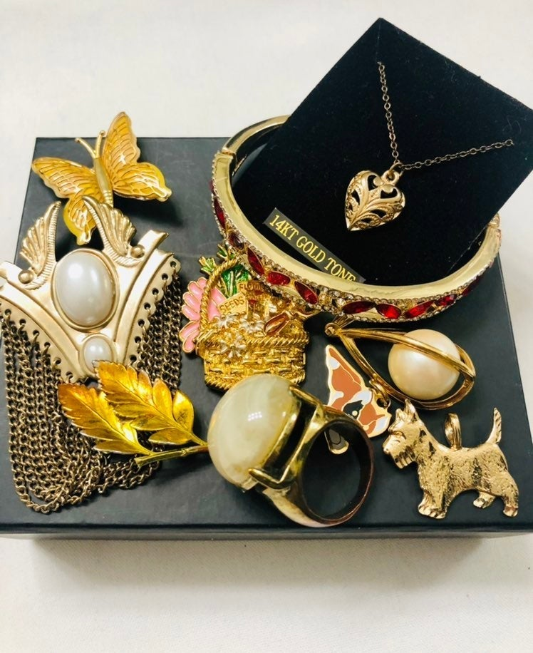 Designer  Lot  Jewelry and ring size 7-