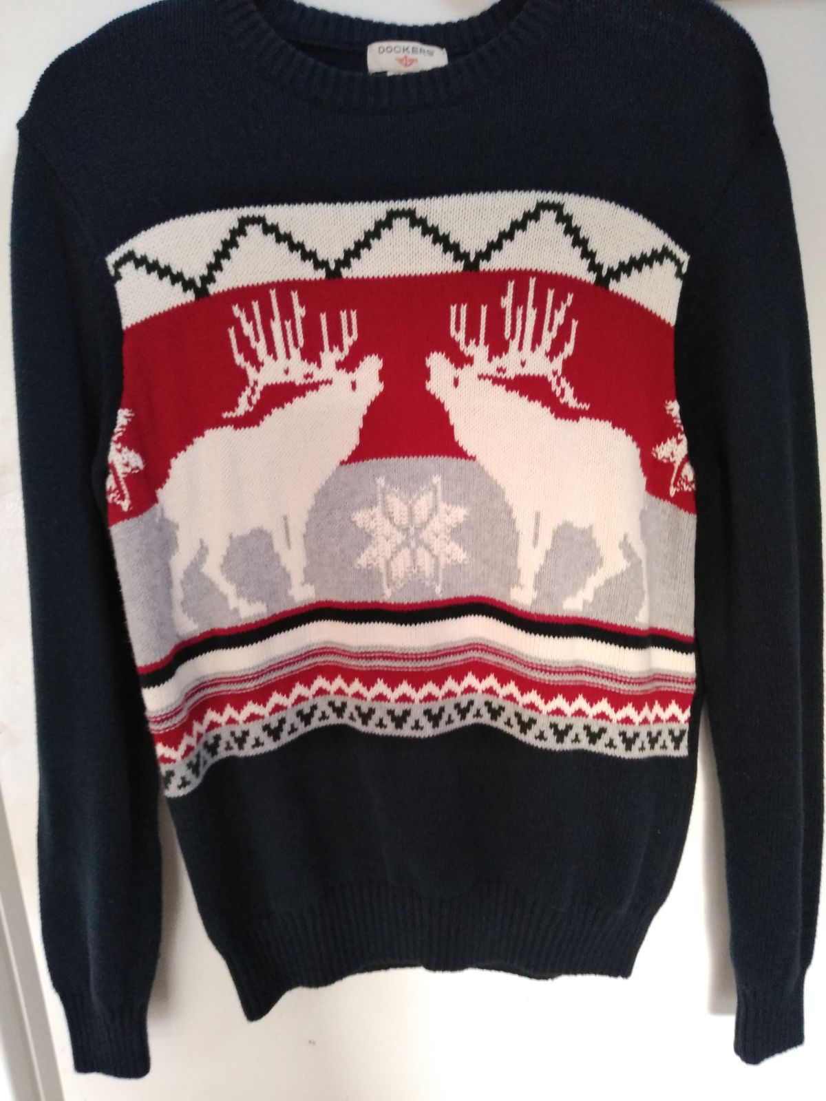 Christmas dockers Sweater size small