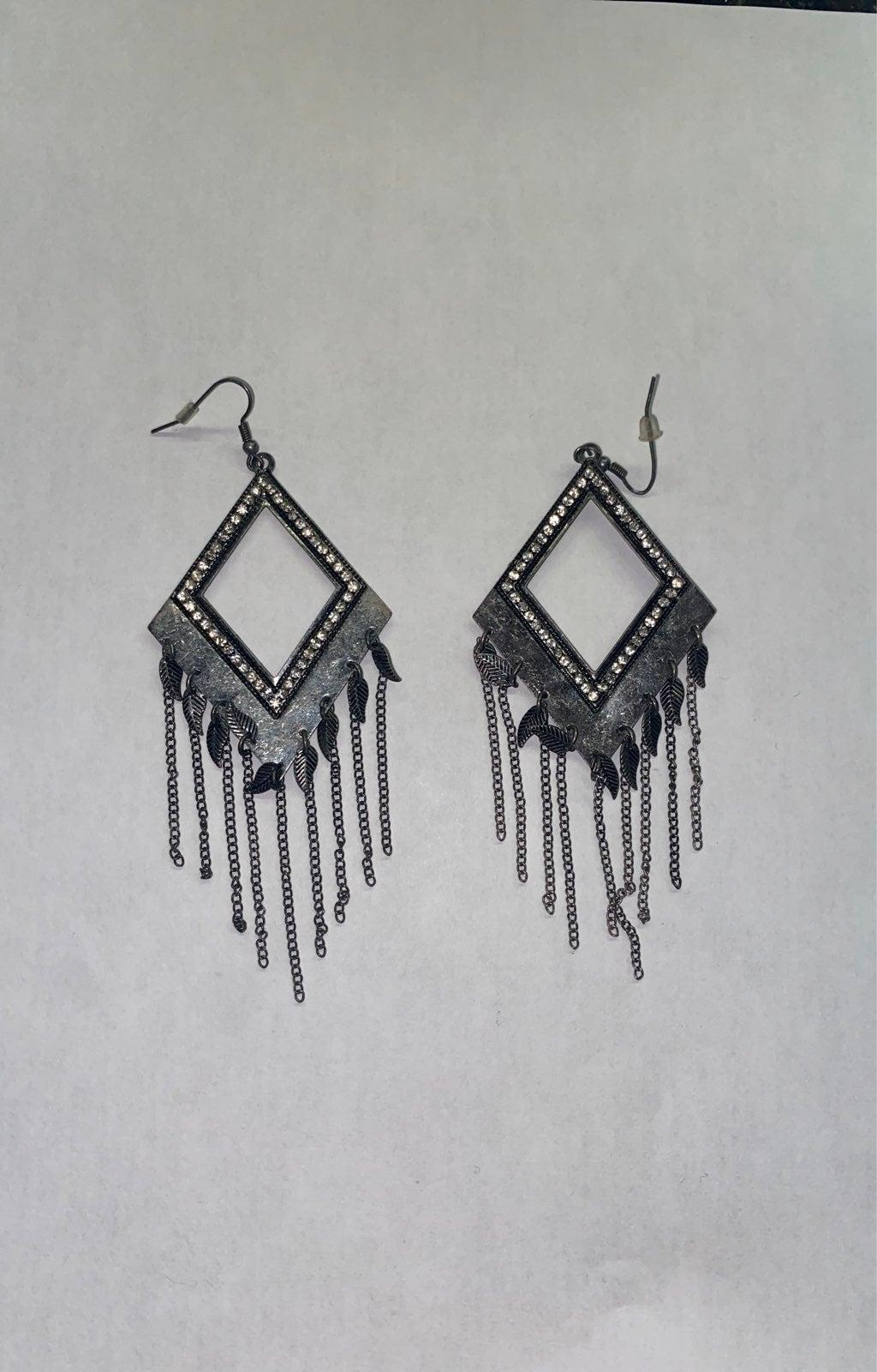 Dangle bling earrings
