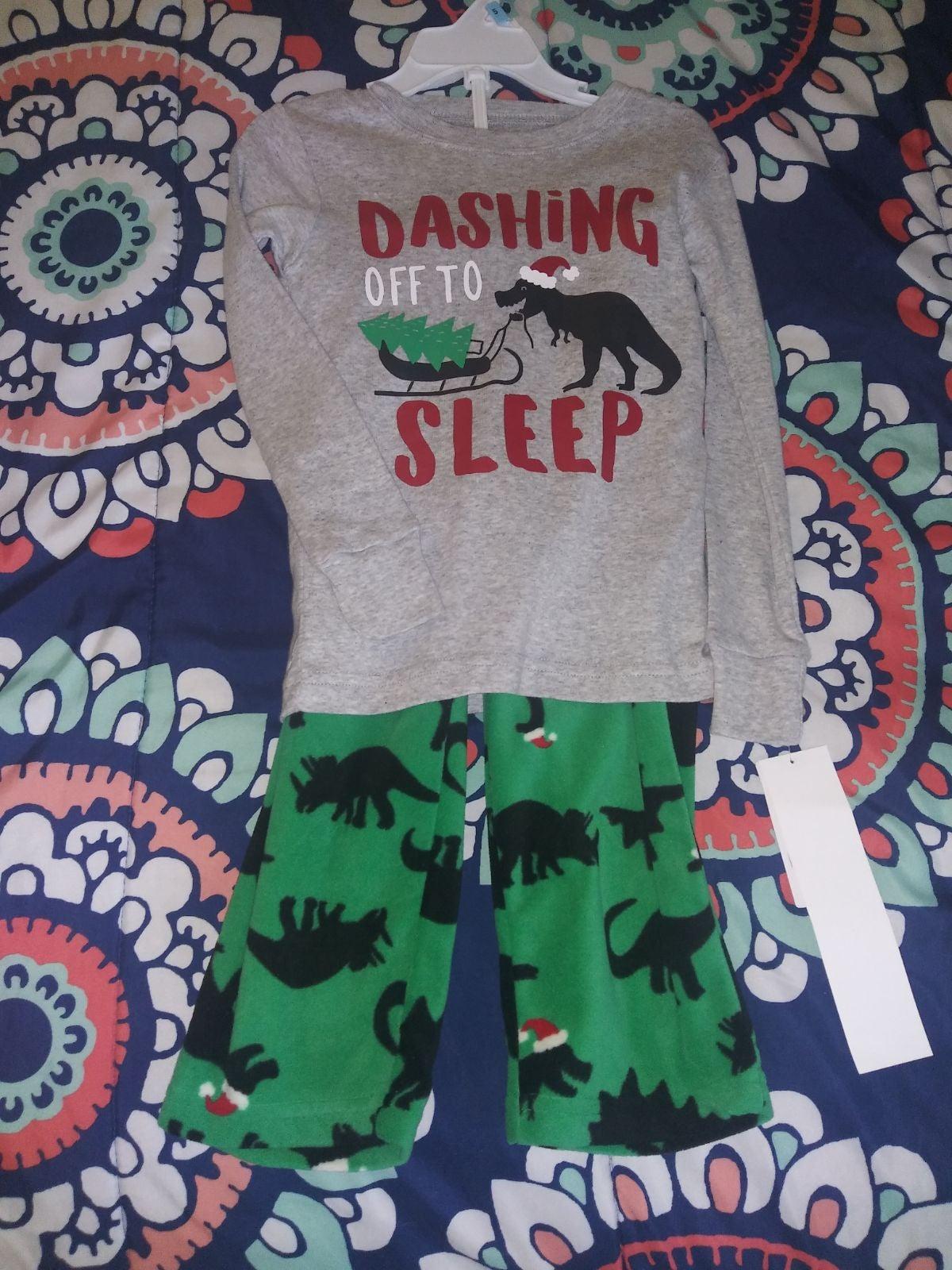 Boys Carter's pajama set