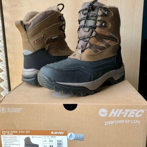 Men's Size 11 Hi-Tec Snow Boots
