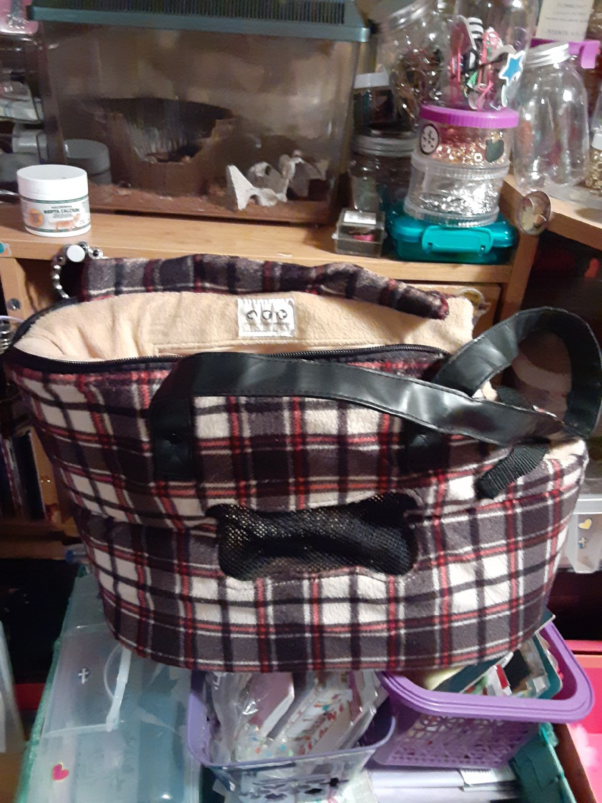 Manhattan mutts dog carrying bag for sma