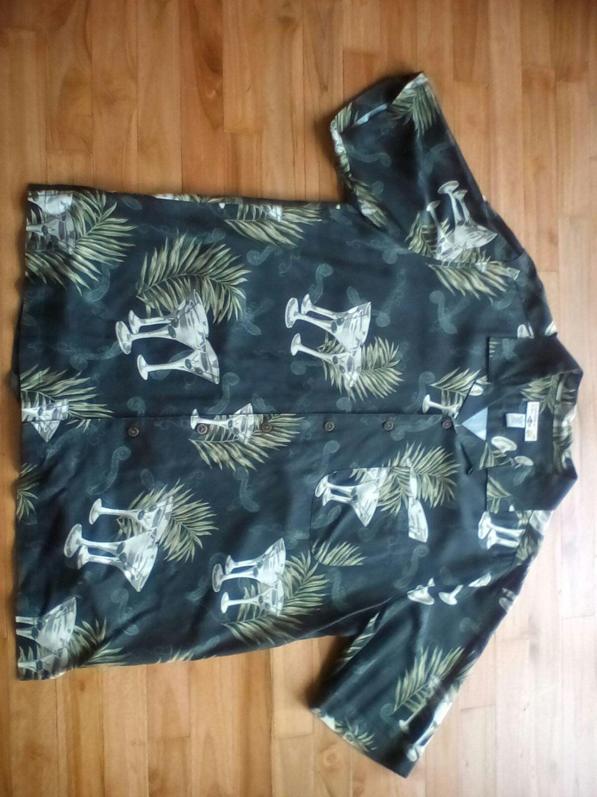Shirt, Caribbean Joe; ALMOST LIKE-NEW; L