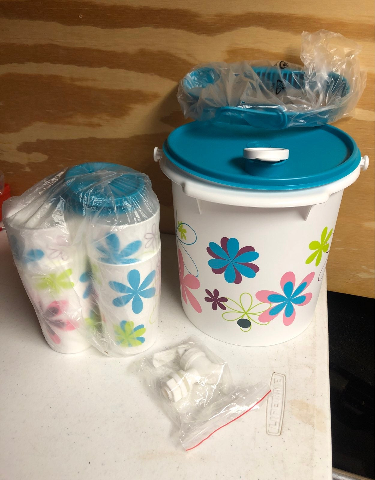 Tupperware Spring set