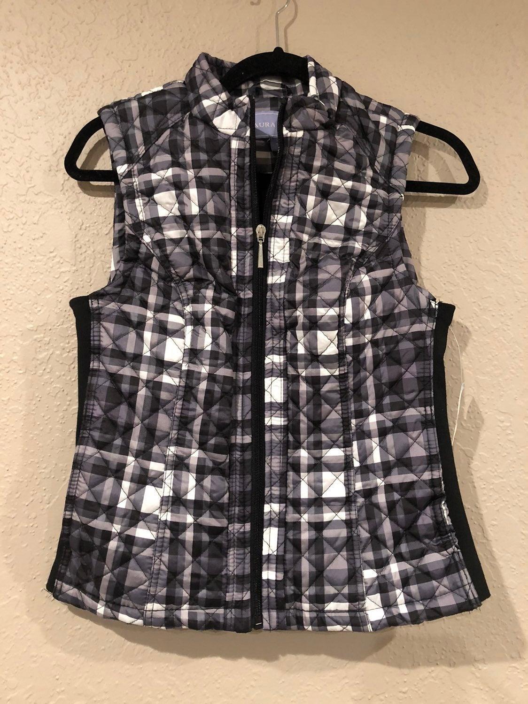 Laura Scott vest SMALL