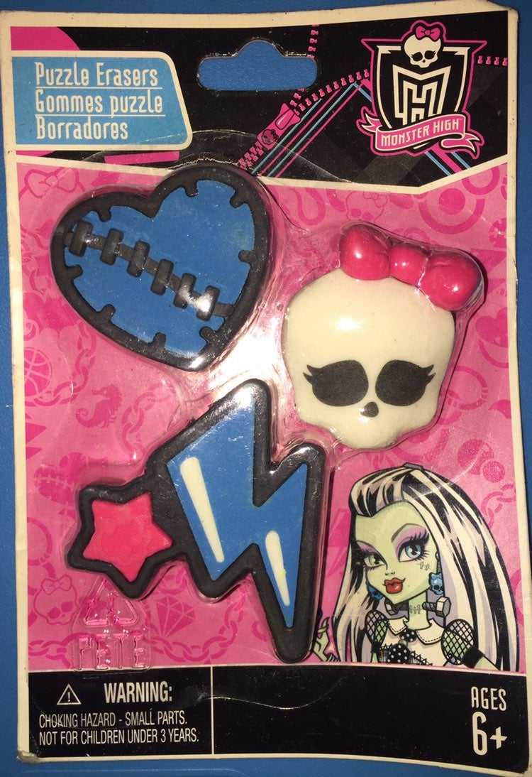 Monster High Puzzle Erasers Heart Skull