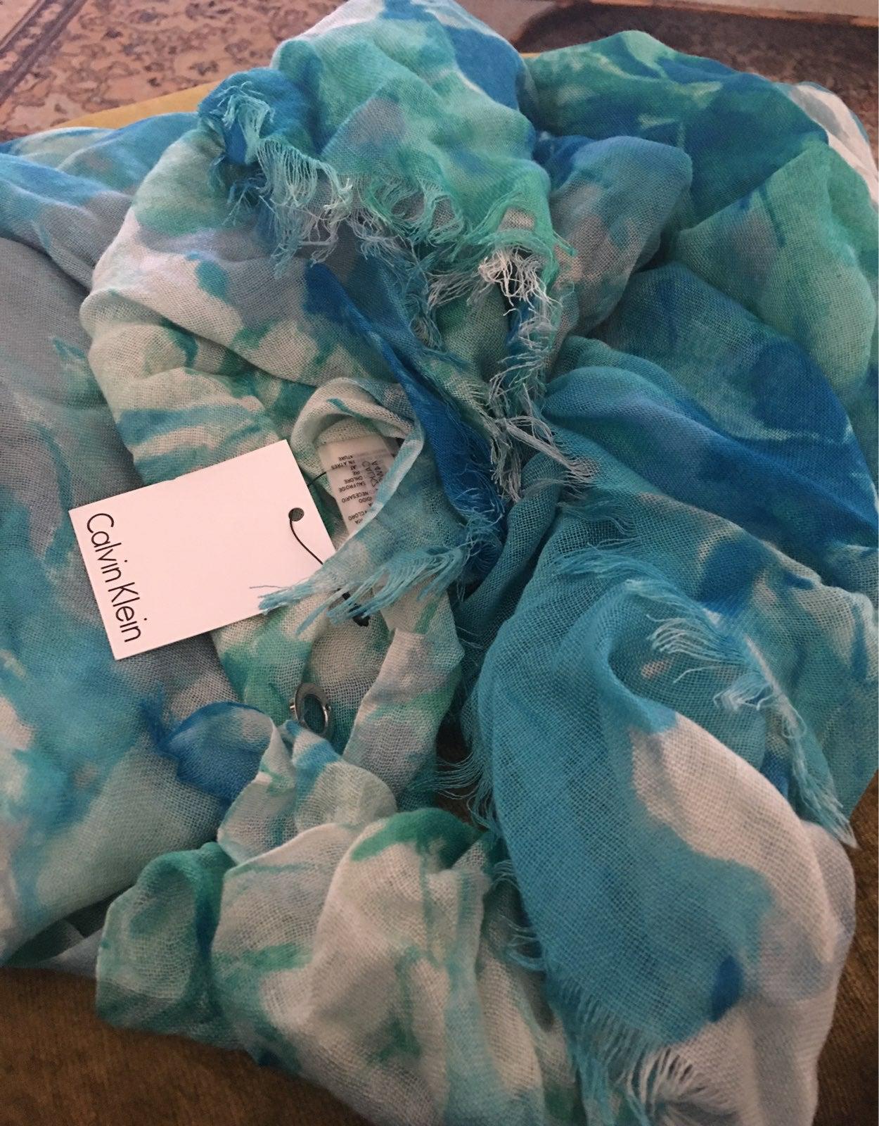 LARGE Calvin Klein soft Coastal scarf NW