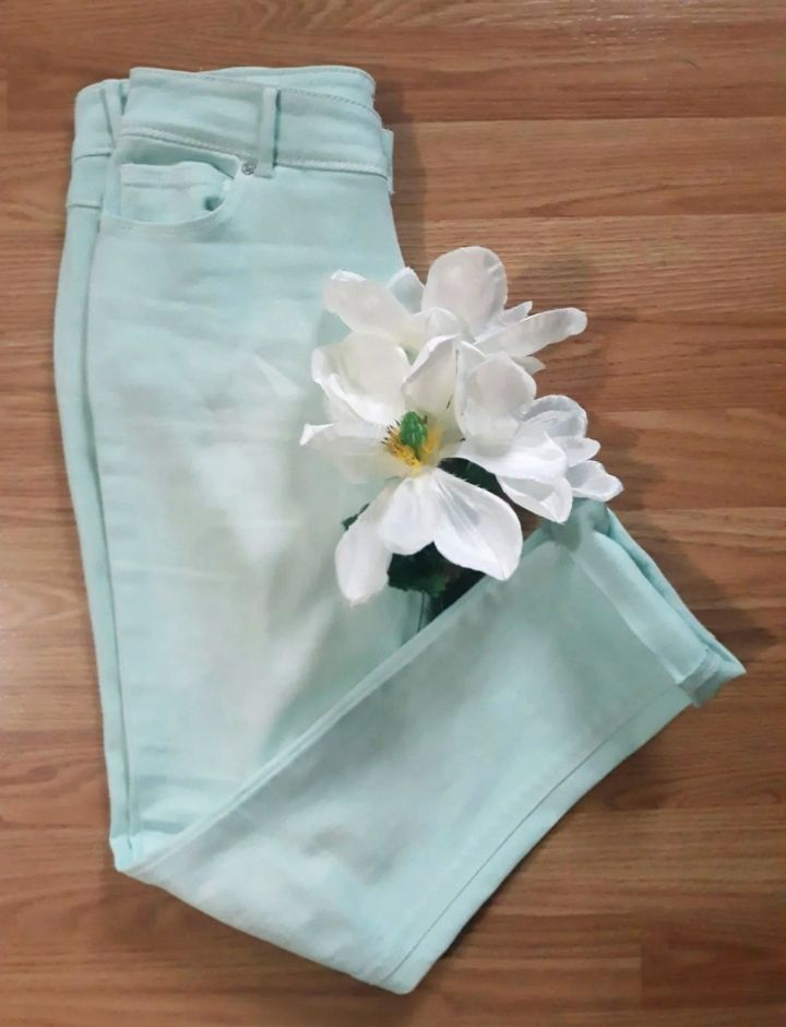 Cato cropped Jeans size 4