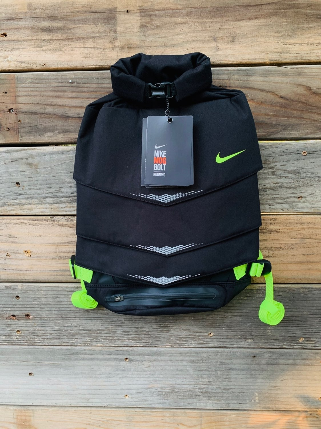 Nike back pack (mog bolt)