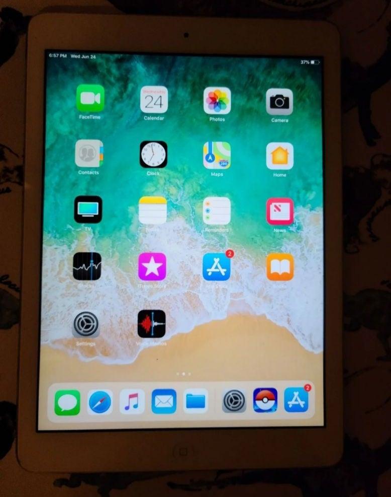 iPad Air 1st generation Silver 16 GB