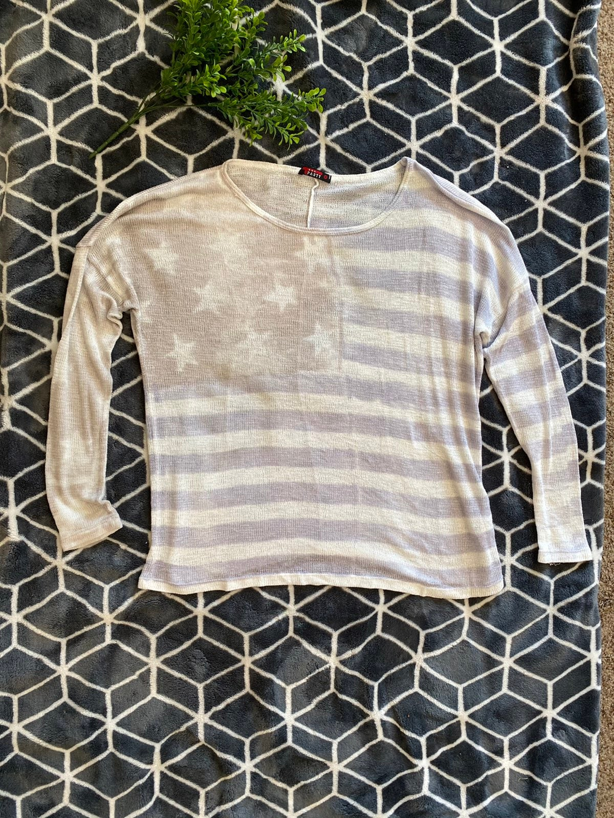 T Party americana sweater top