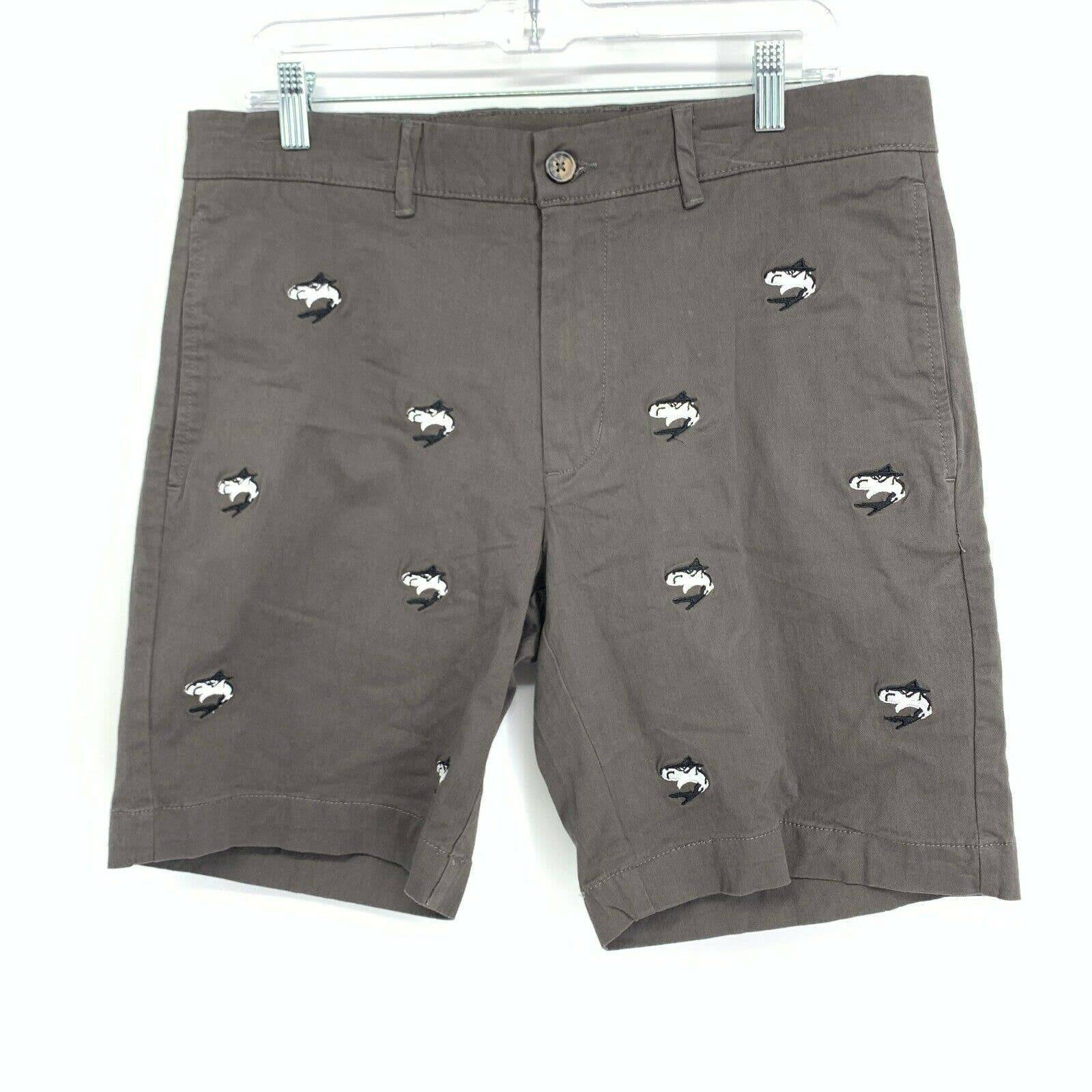 Vintage 1946 33 Shorts Shark Embroidered