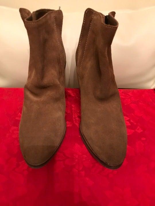 designer boots / suede