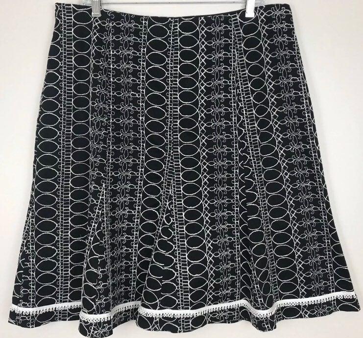 White House Black Market Skirt sz 14