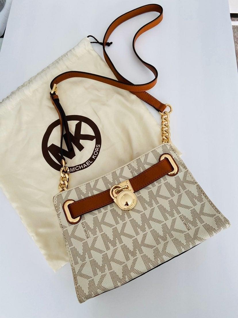 Michael Kors purse crossbody