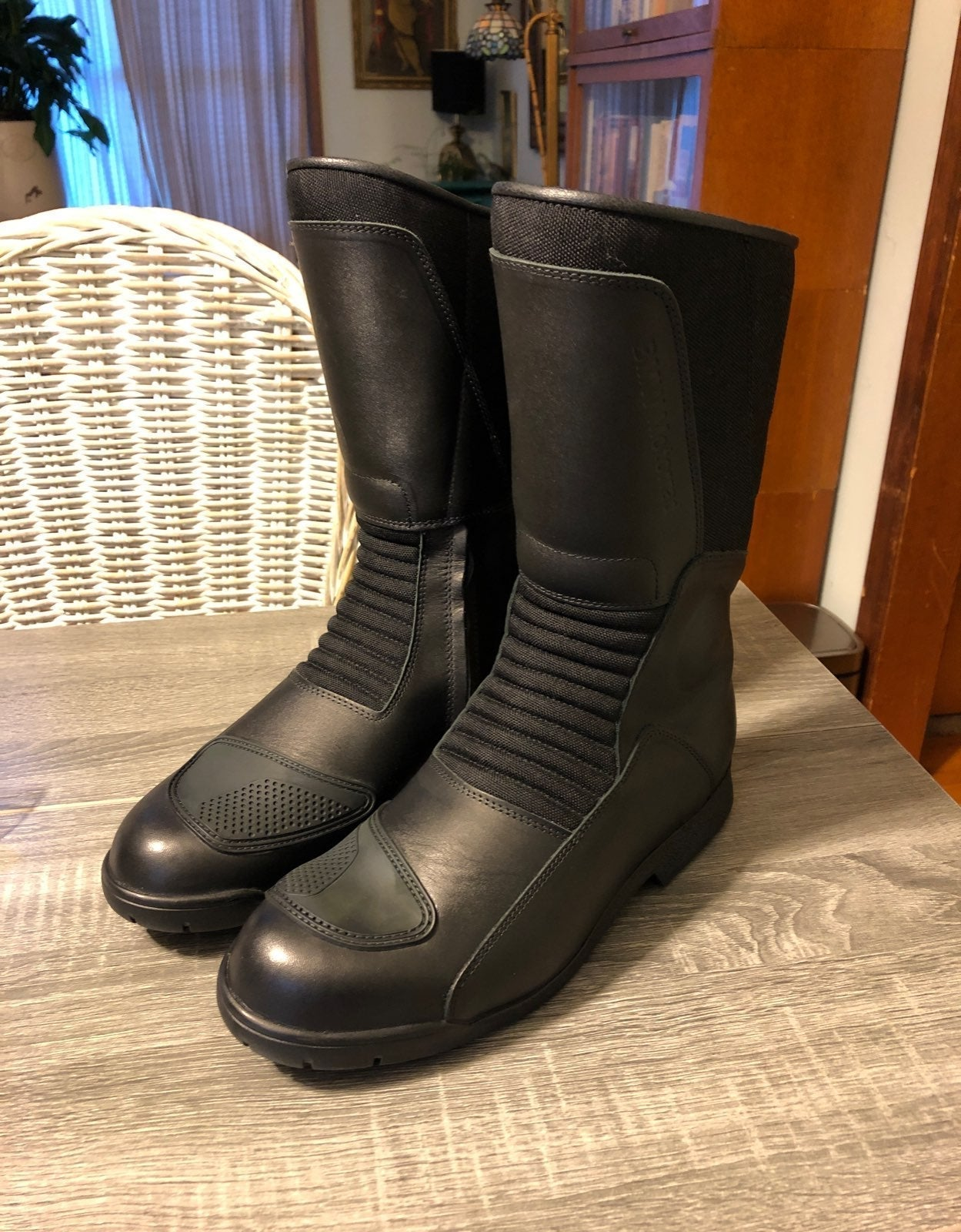 BMW leather Motorcycle boots 44/11