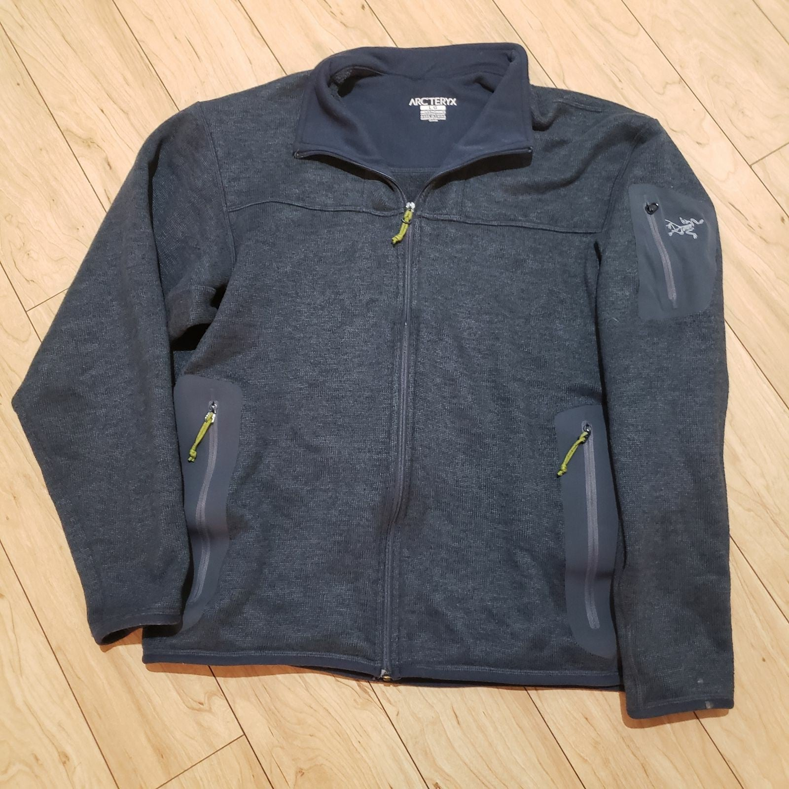 Arcteryx fleece jacket mens large