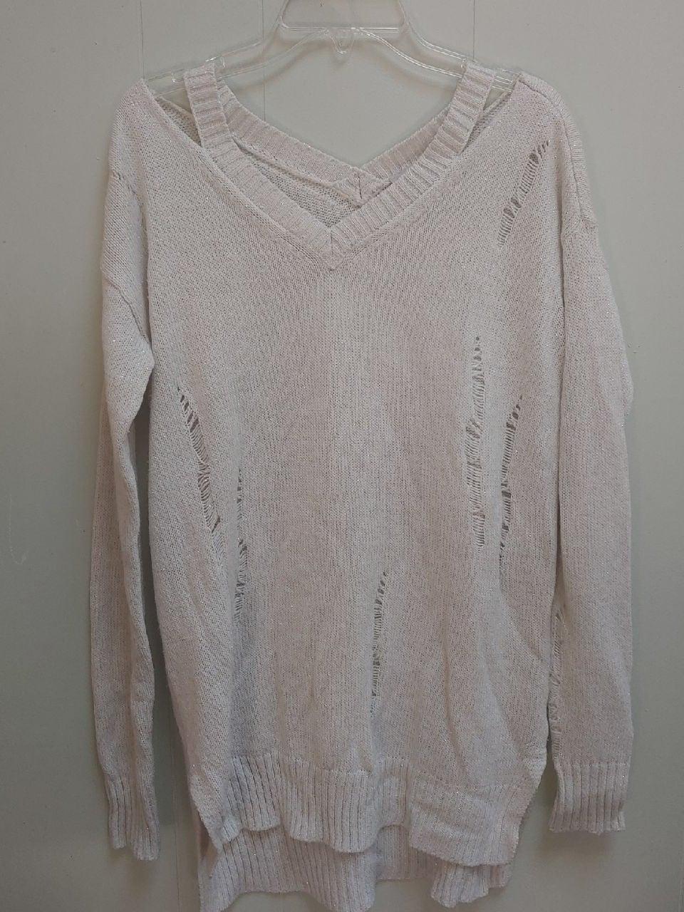 Sweater cream colored