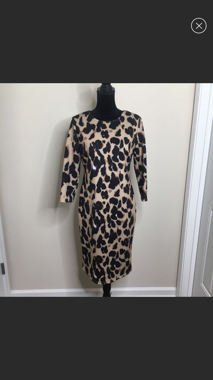 T Tahari Cheetah Print 3/4 Sleeve Dress!