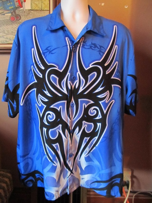 SAPPHIRE LOUNGE Tribal Design S/S Shirt