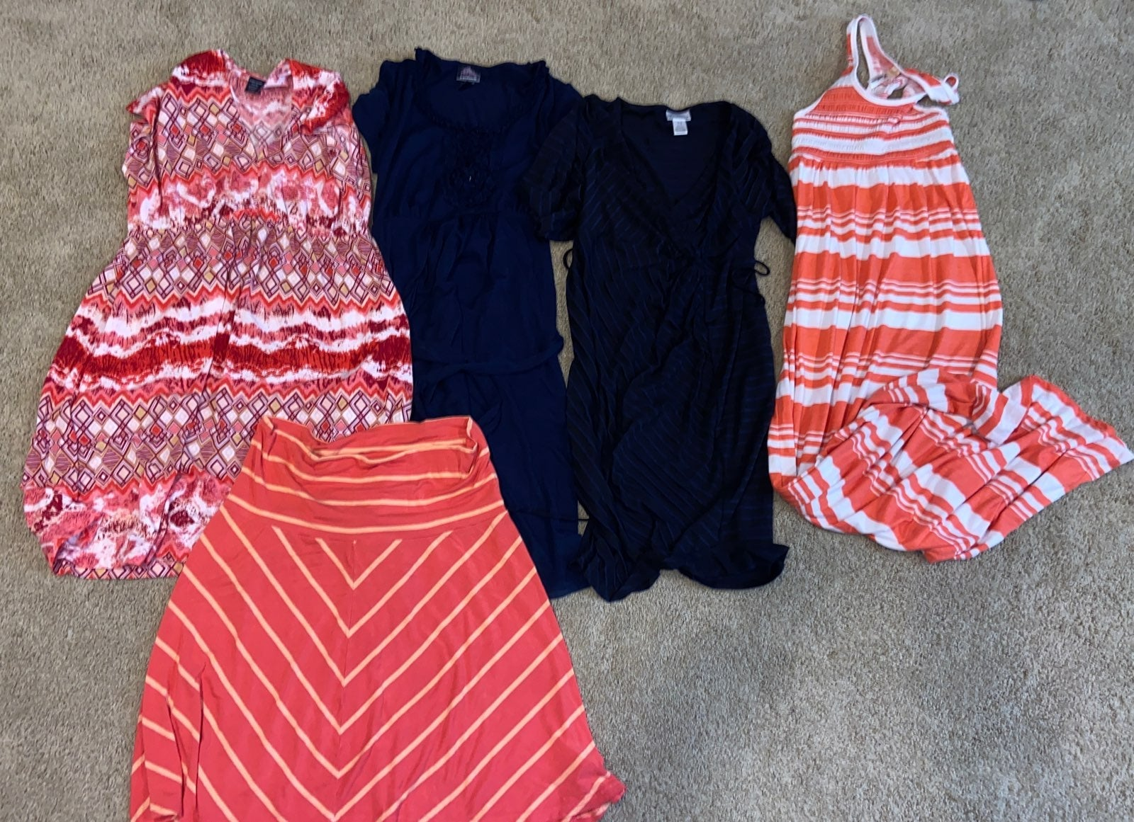 Bundle of 5 maternity dresses and skirts