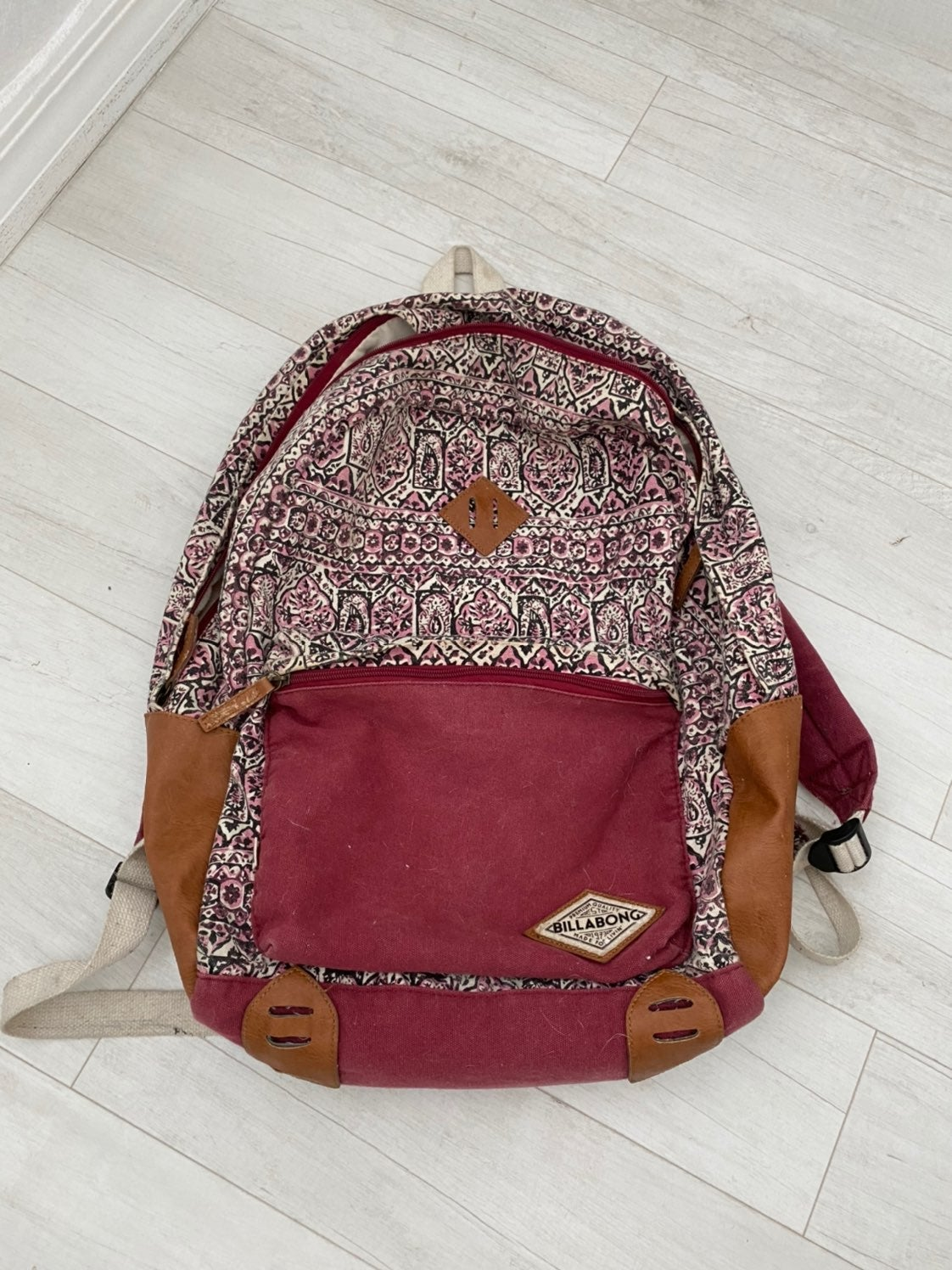 billabong backpack for sale!