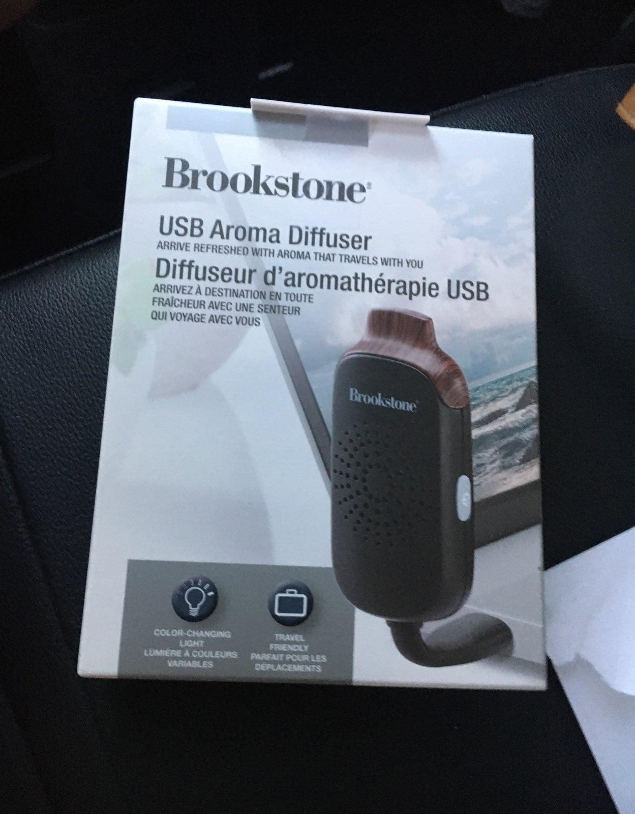 Brookstone USB aroma diffiser-NIB