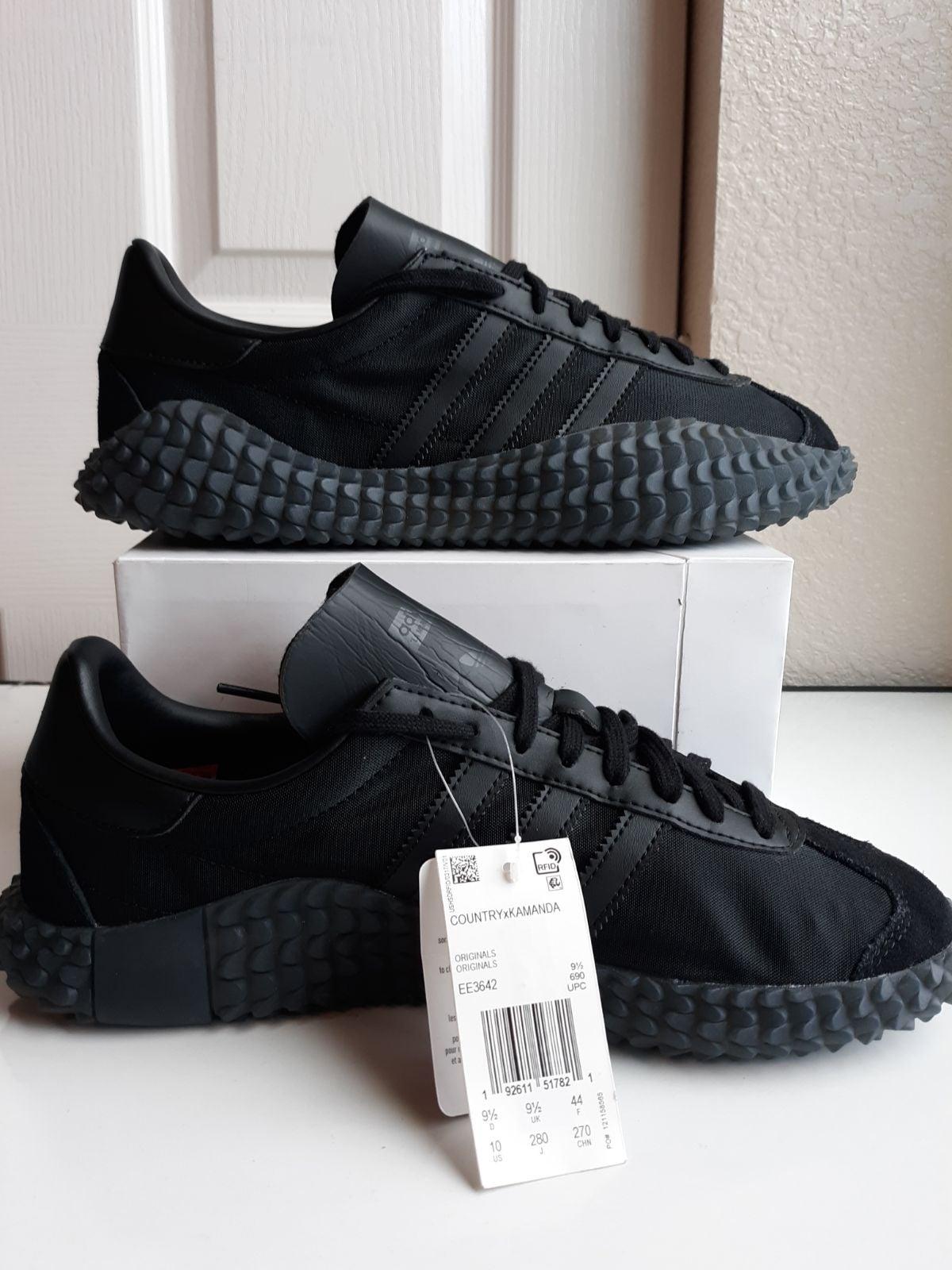 "Adidas Country X Kamanda Size 10 ""Never"
