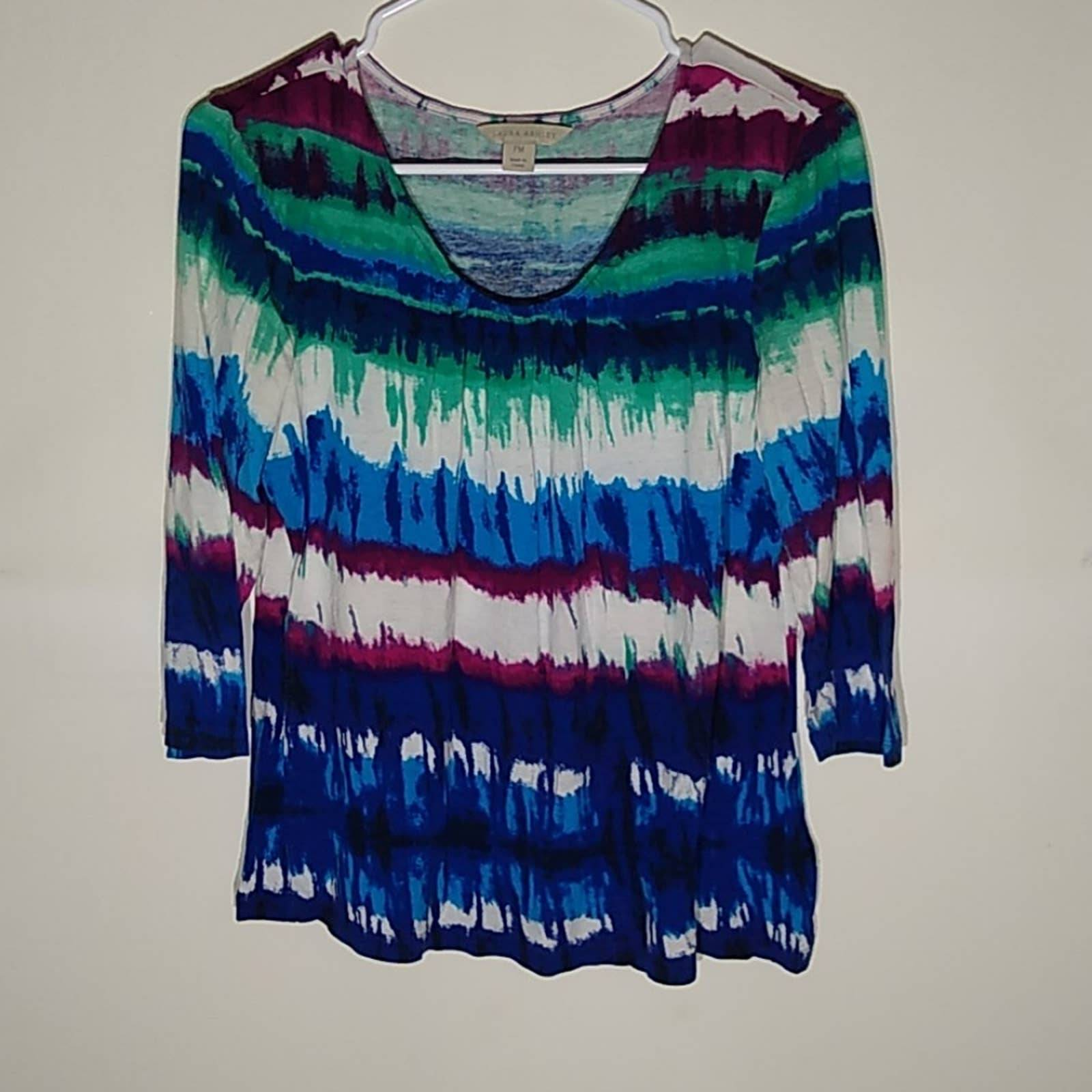Laura Ashley tie dye top.So cozy Size PM