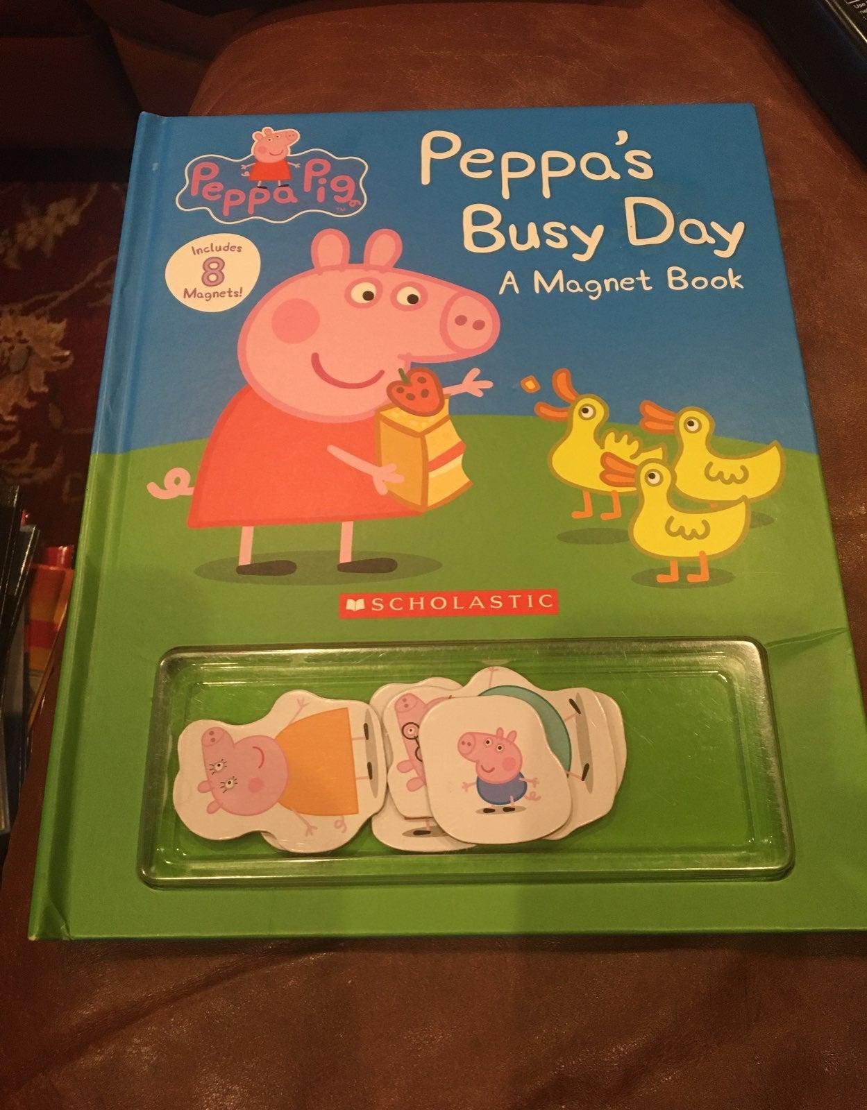 Peppa Pig mangetic book New