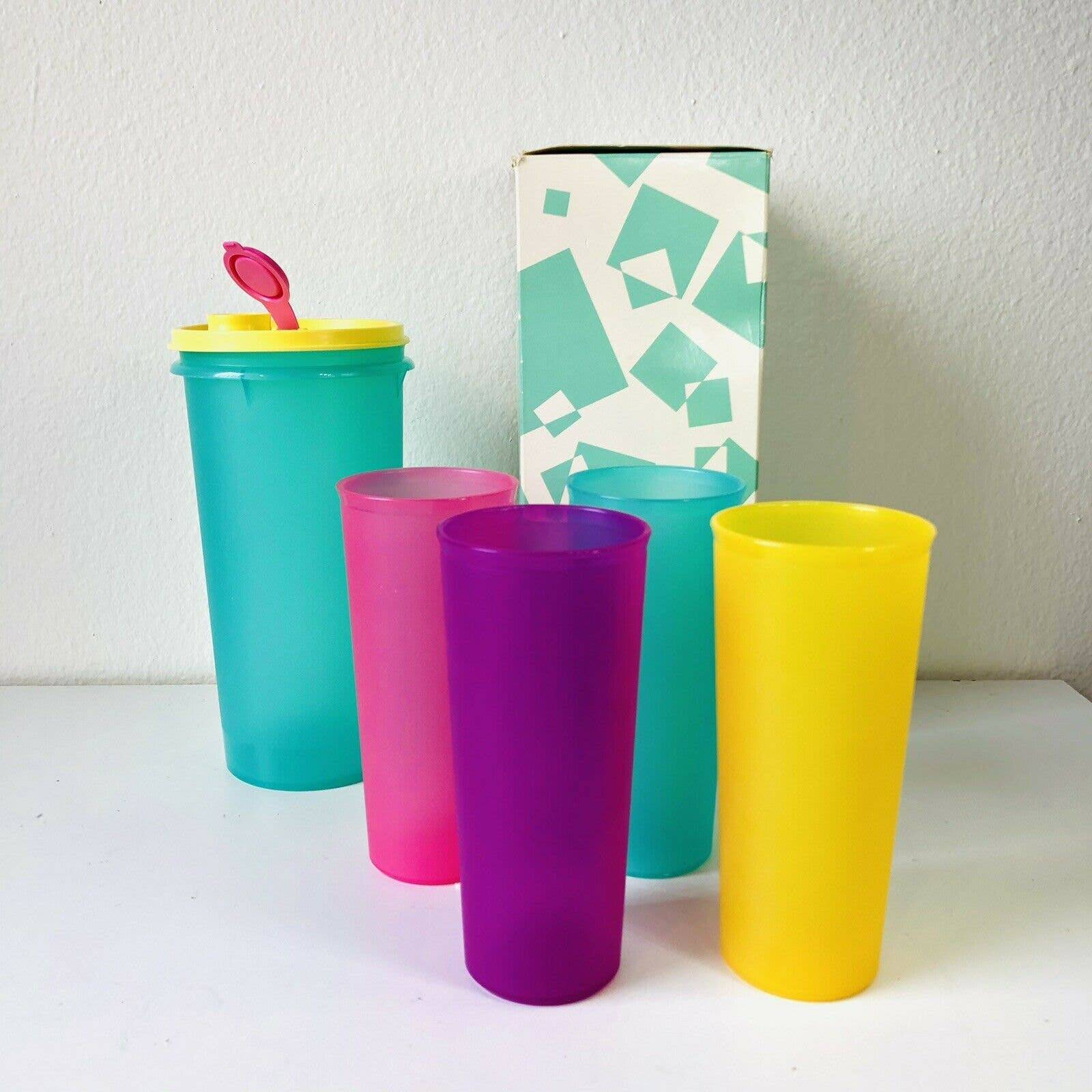 VTG Tupperware Pitcher & Tumblers Cups
