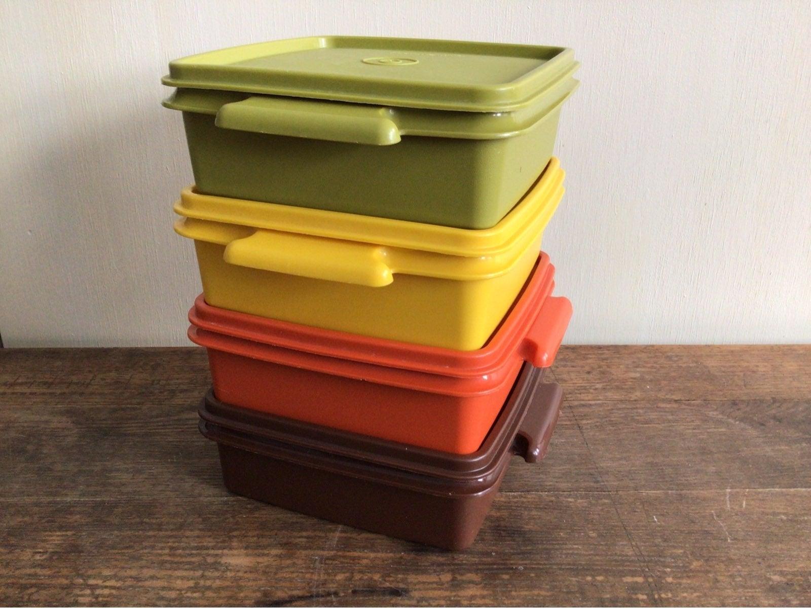 Tupperware vintage set