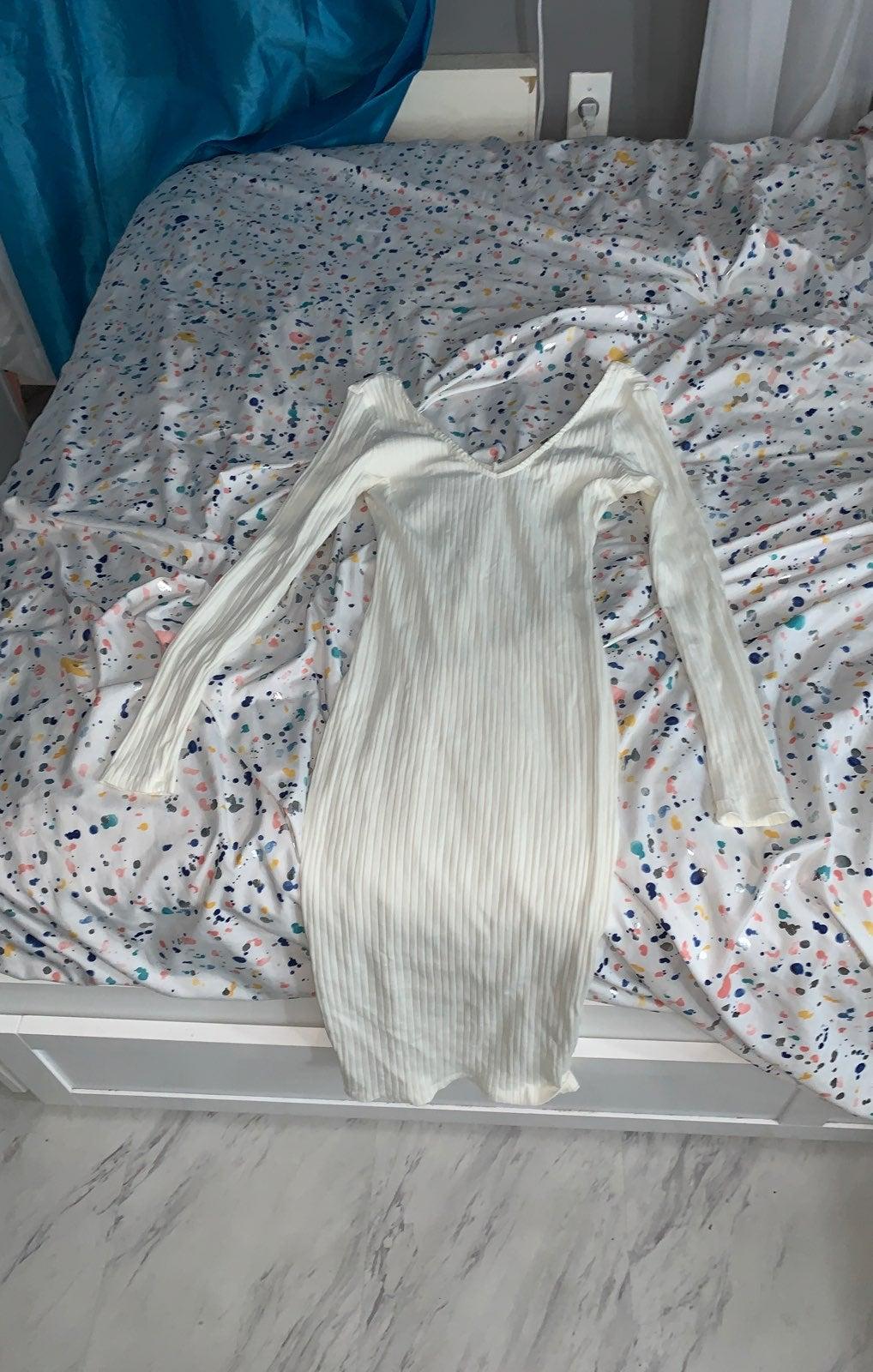 Deep v neck bodycon dresses
